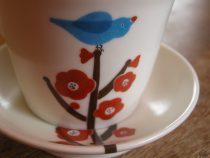 梅と青い鳥のマグと小皿